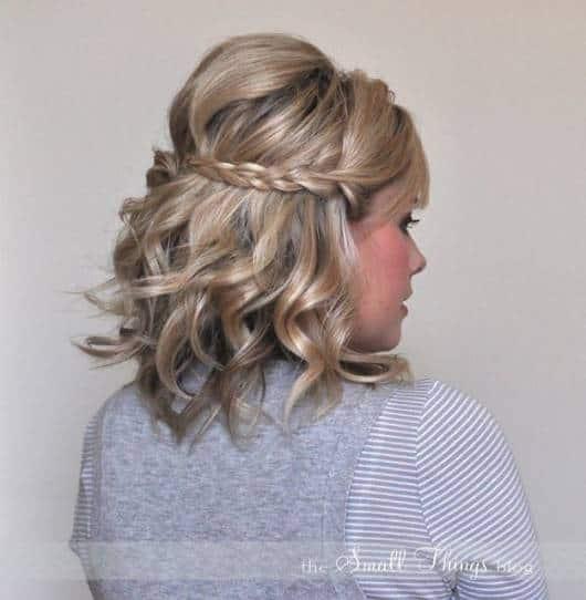 Penteados soltos para cabelos curtos de madrinhas