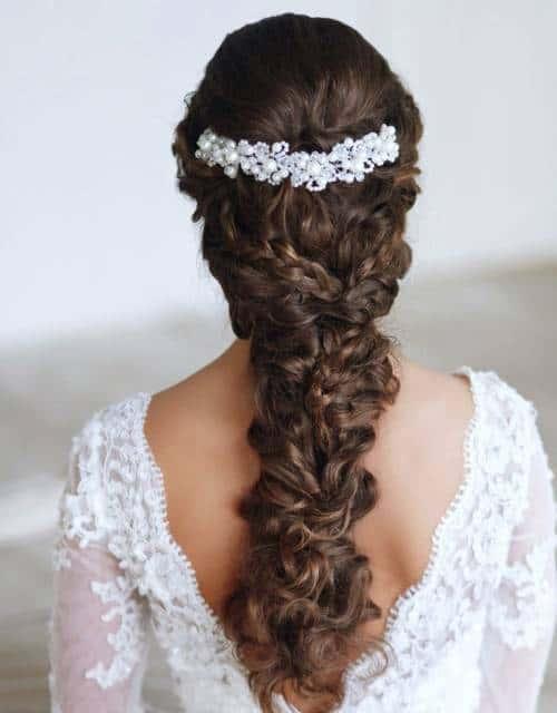 penteado maoderno cabelo cacheado