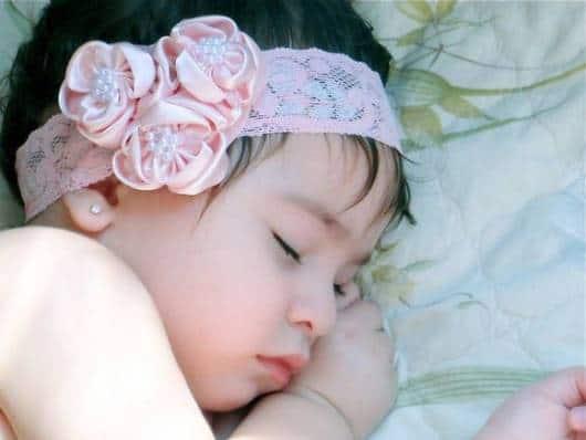 faixa de cabelo de bebê