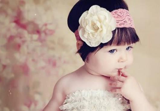 tiara bebê com renda