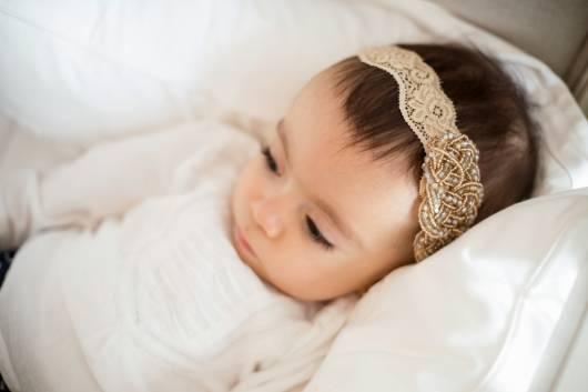tiara de renda bordada
