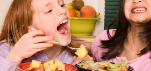 festa-infantil-saudavel-salada-de-frutas