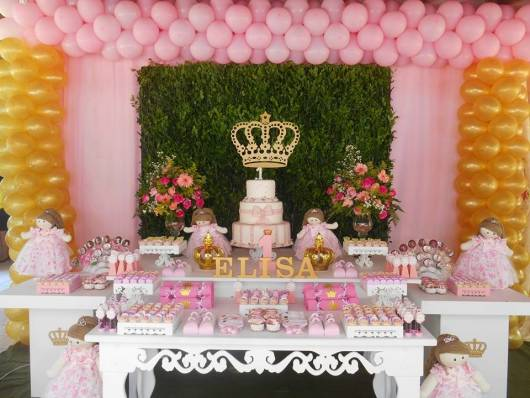 festa de aniversario menina tema realeza