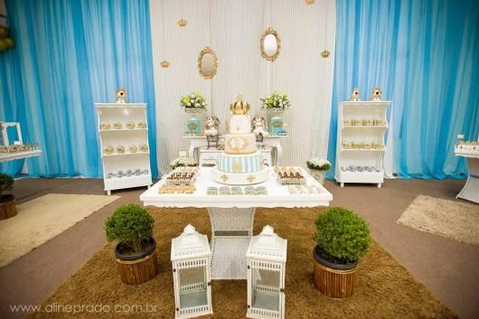 festa de aniversario realeza azul e branco