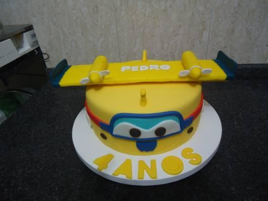 bolo amarelo