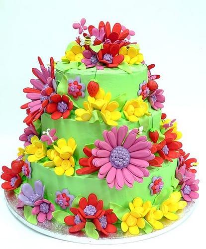 bolo de aniversario tema flores