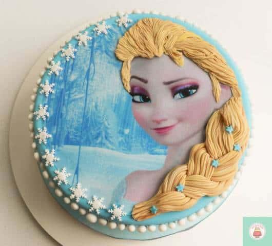 bolo decorado trança
