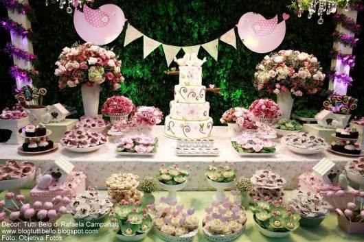 decoração rosa e verde
