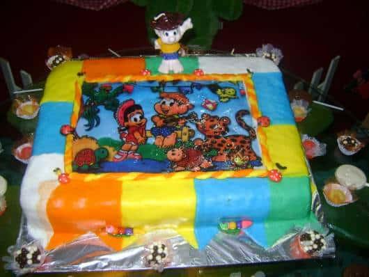 bolo com papel de arroz