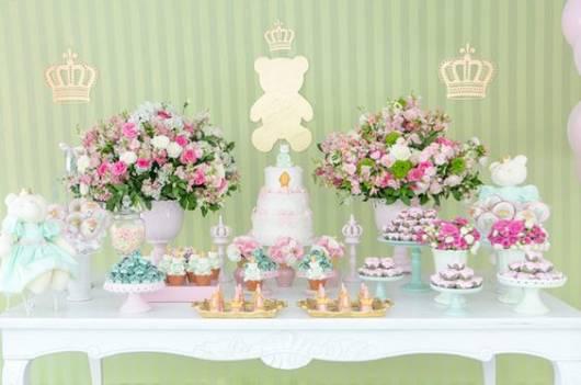 decoração verde e rosa