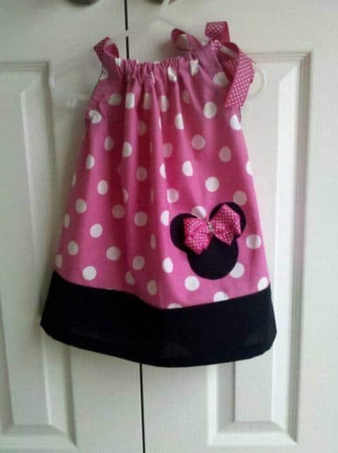 vestido simples rosa