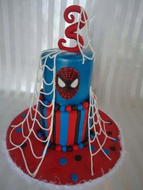 bolo pasta americana vermelha e azul