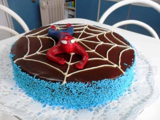 bolo com granulado