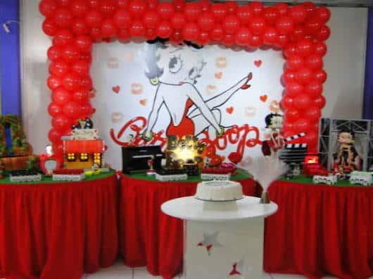 festa vermelha decoração