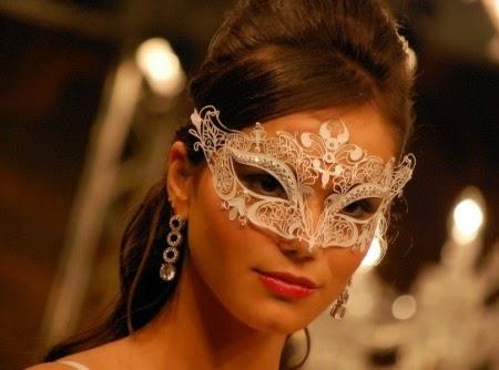 modelo de máscara aniversariante