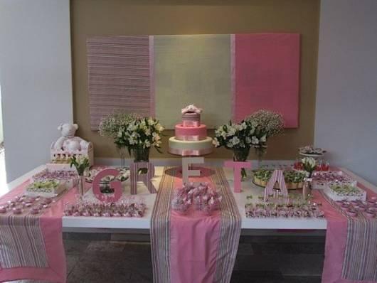 decoração rosa com flores