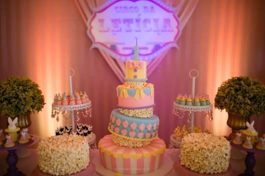 bolo circo para aniversario de menina