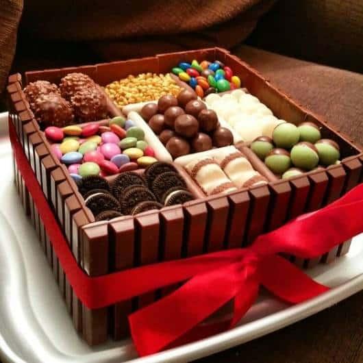 Modelo com outros chocolates