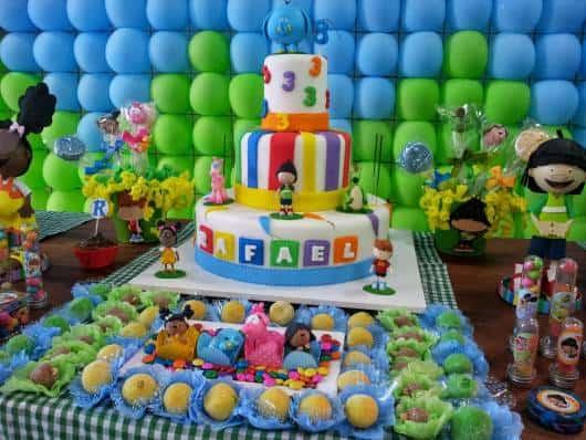 mesa de doces da festa Meu Amigãozão