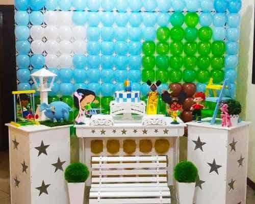 festa Meu Amigãozão painel com bolas