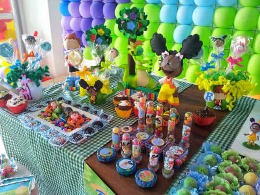 tubetes e doces em festa Meu Amigãozão