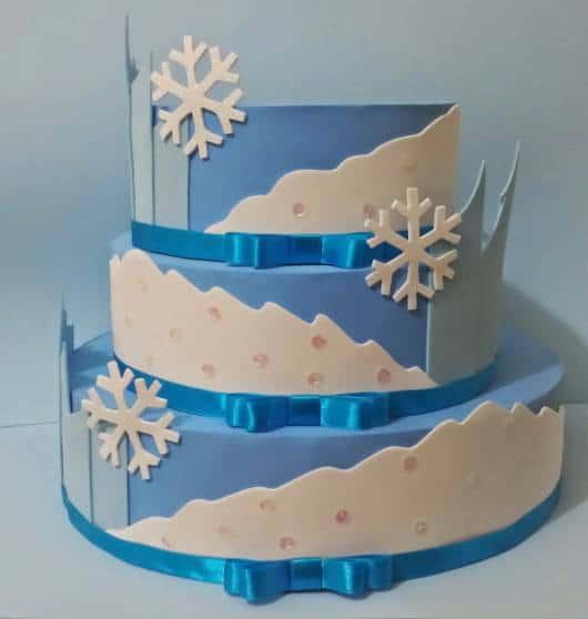 decoração azul e branca EVA