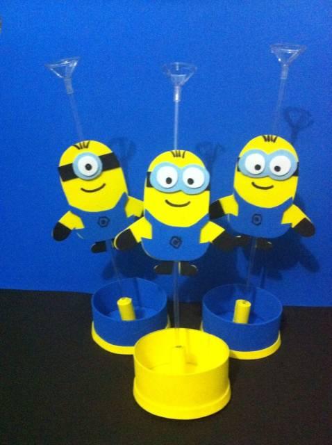 centro de mesa minions  porta balões em eva
