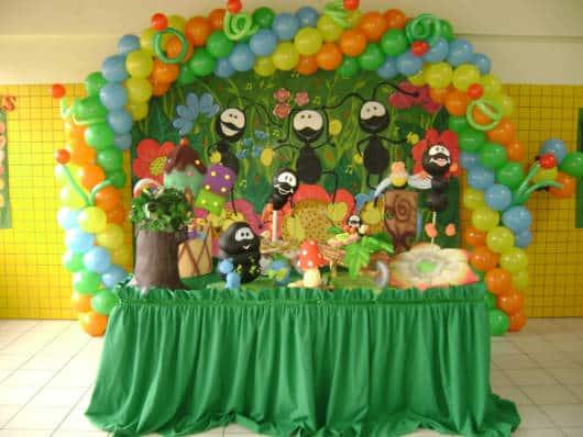 mesa simples festa Smilinguido