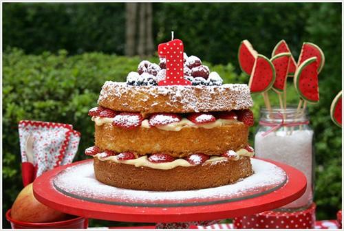 naked cake infantil de bolo branco