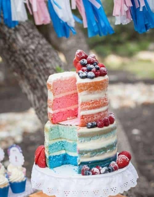 naked cake infantil colorido