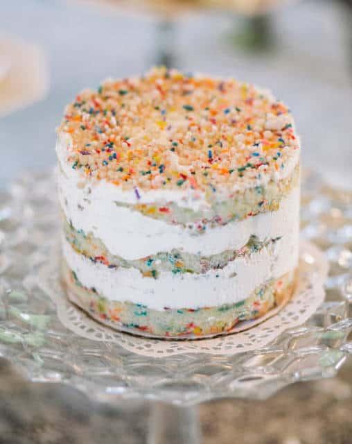como fazer naked cake infantil