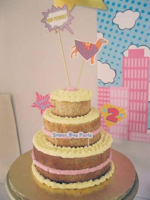 naked cake infantil com glacê