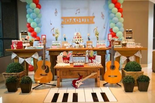 decoração instrumentos musicais