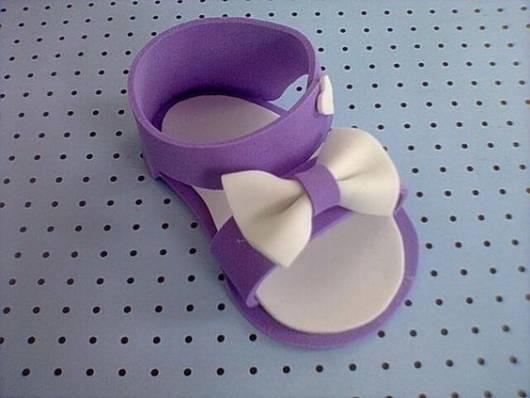 sandália lilás