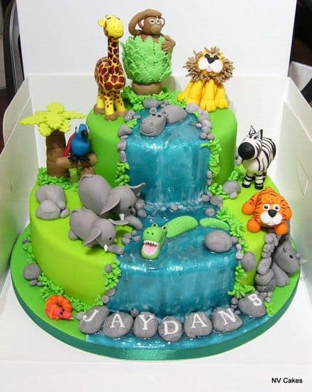 Pet Cartoons Decorating Cake