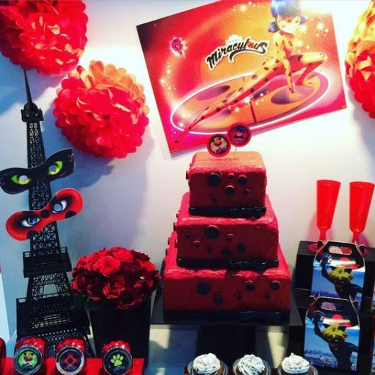 festa-cat-noir-bolo-decorado