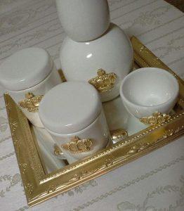 modelo de porcelana branca