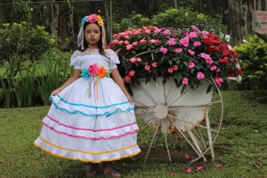 vestido novinha colorido