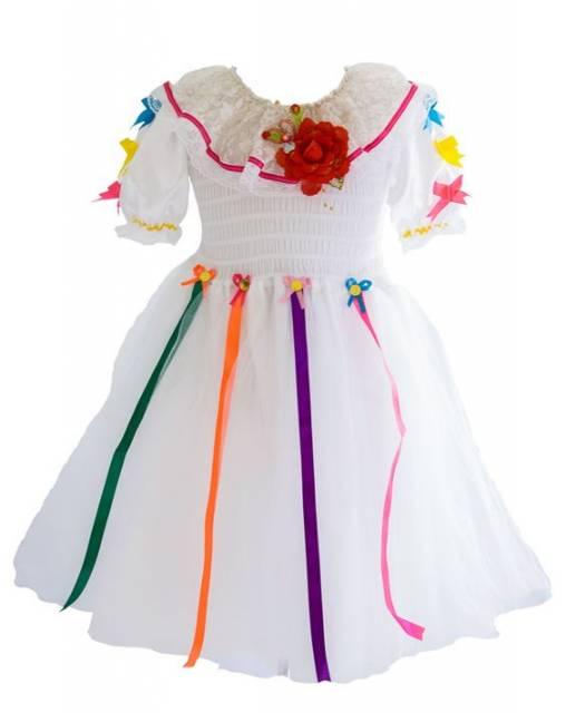 vestido branco e colorido