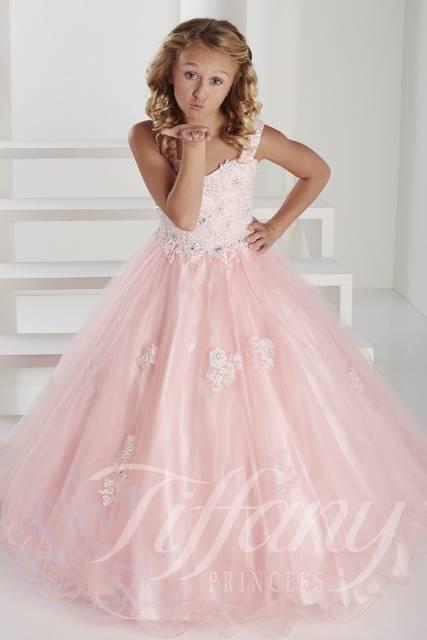 vestido de formatura infantil rosa como usar