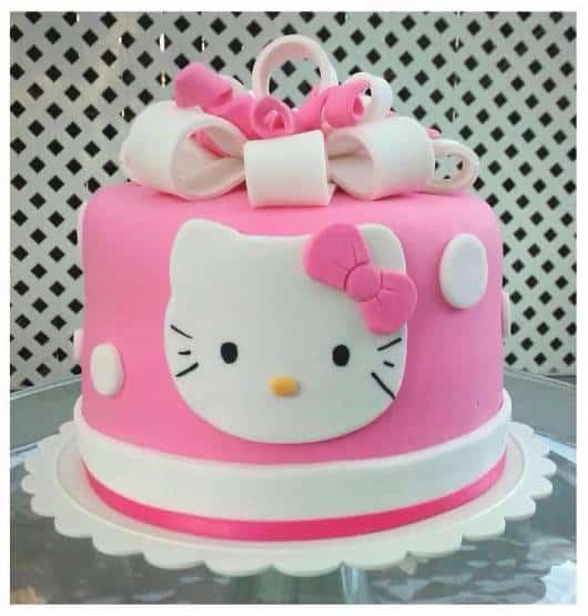 bolo Festa Hello Kitty pasta americana