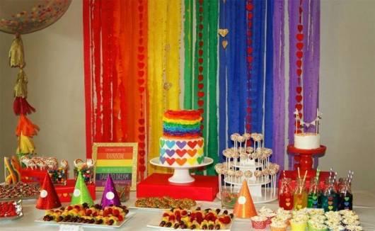 decoração colorida mesa