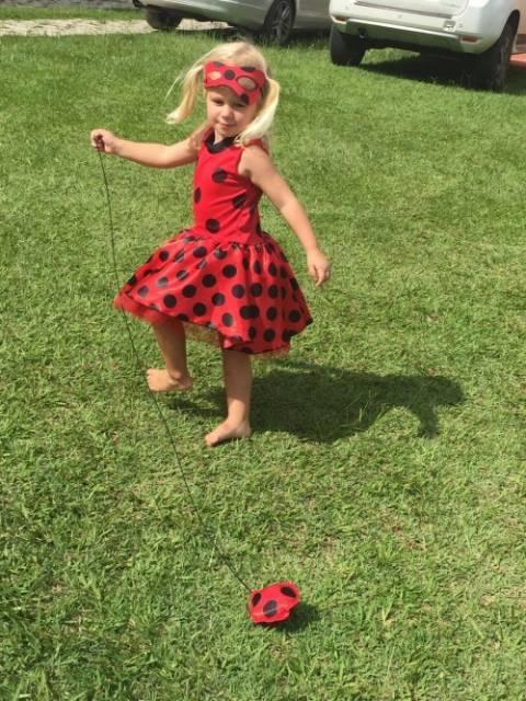 vestido infantil fantasia