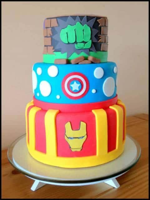 bolo decorado 3 andares