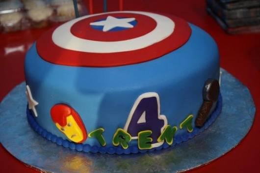 bolo azul pasta americana