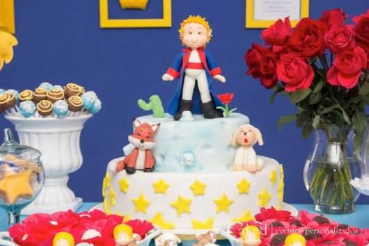 decoração bolo pasta americana