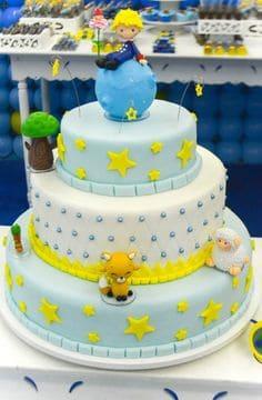 bolo com personagens