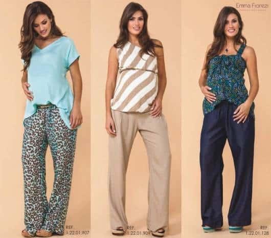 Modelos vestem calça larga nas cores azul estampado, bege e azul escuro com respectivas blusas larguinhas.