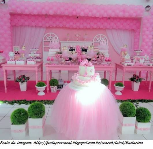 festa rosa e branca