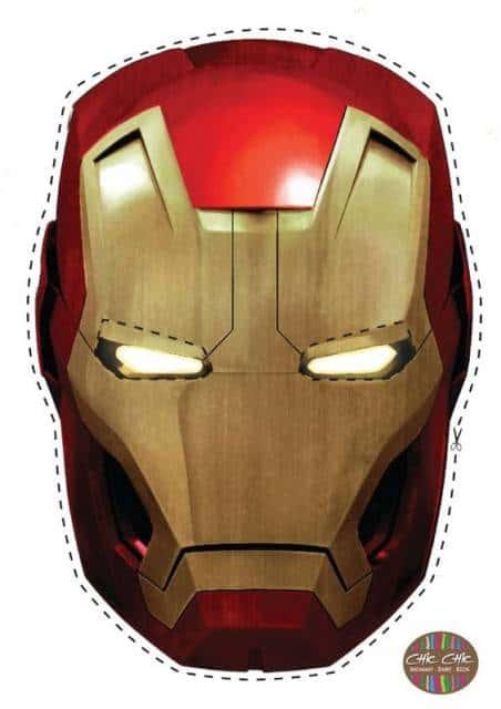 Molde de máscara do Homem de Ferro vermelha e dourada.